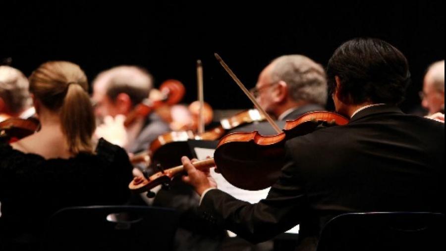 Klub Klassisk er Randers Biblioteks lytteklub for alle med nysgerrighed på klassisk musik.